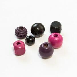 farebné-koralky-mix-fialovo-cierne