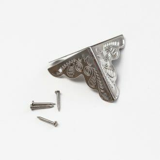 ozdobne-rohy-strieborne-25mm